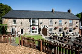 POWYS - CHARACTER STONE BUILT PUBLIC HOUSE IN POPULAR CANALSIDE VILLAGE IN THE HEART OF THE BREACON