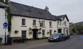 Immaculately Presented Substantial Pub in Area of Outstanding Beauty