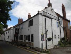 North Yorkshire village leasehold public house - riverside location, with lett beds & on FOT terms