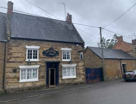 Pub To Let in Weedon, Northamptonshire