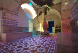 Sheffield SPA - TO LET - city centre Historic SPA with Turkish Baths. High quality fit out